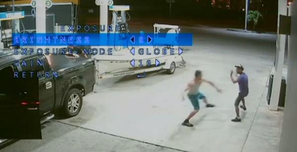 Modelo mata a 'batazos' a indigente en Miami