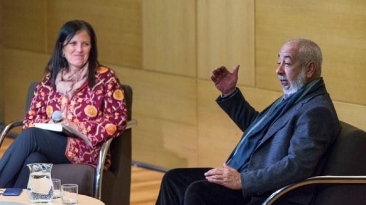 Padura y Claudia Piñeiro en un encuentro público en la Fundación Osde (Julieta Ferrario)