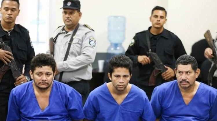 Mairena, junto a Pedro Joaquín Mena y Silvio Saúl Pineda, son acusados de asesinato, terrorismo y crimen organizado, entre otros delitos.