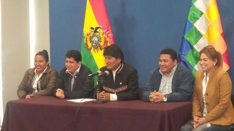 El presidente Evo Morales y las autoridades de Pando se refieren a los preparativos del Gabinete Binacional Bolivia Perú.