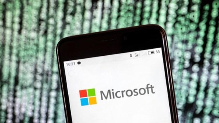 La nueva medida amplía la política de requisitos de Microsoft de 2015 para que los contratistas ofrezcan vacaciones y ausencias por enfermedad pagadas