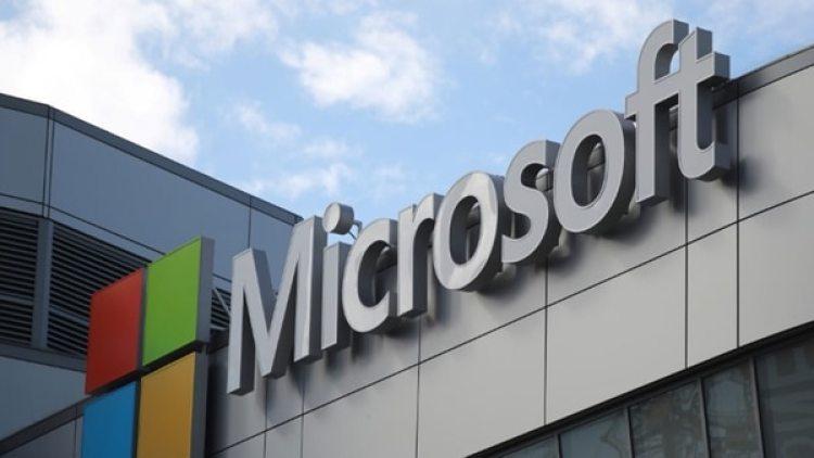 Microsoft no especificó cuántos trabajadores bajo contrato tiene, pero son miles