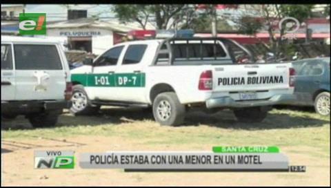 Policía ebrio llegó a un motel en patrulla con una menor