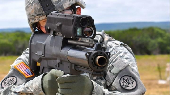 Entre la búsqueda está planteado la precisión en el disparo de largo alcance (US Army).