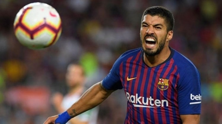 Luis Suárez convirtió un doblete gracias al gesto de Messi