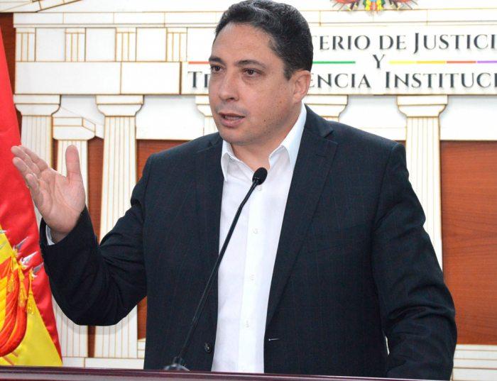 HÉCTOR ARCE, MINISTRO DE JUSTICIA.