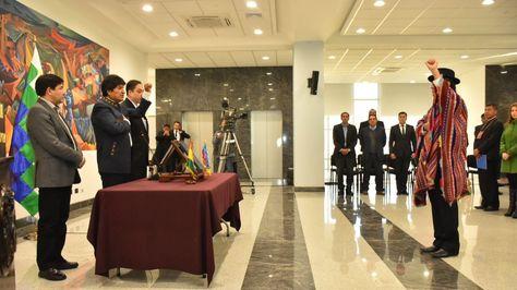 Diego Pary jura como nuevo ministro de Relaciones Exteriores de Bolivia. Foto: APG