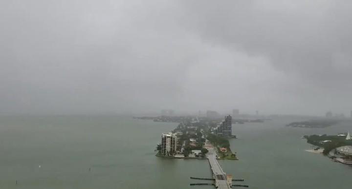 Gordon desciende sobre Miami. / Reuters