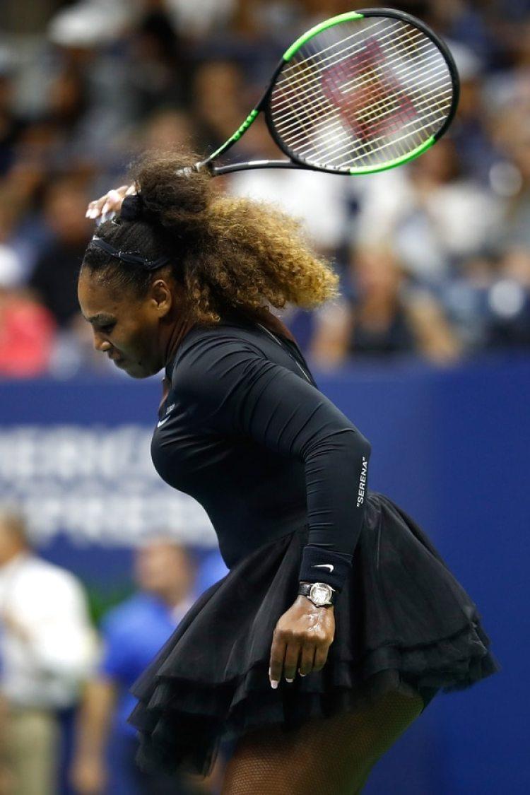 Serena Williams no ocultó su rabia en la cancha