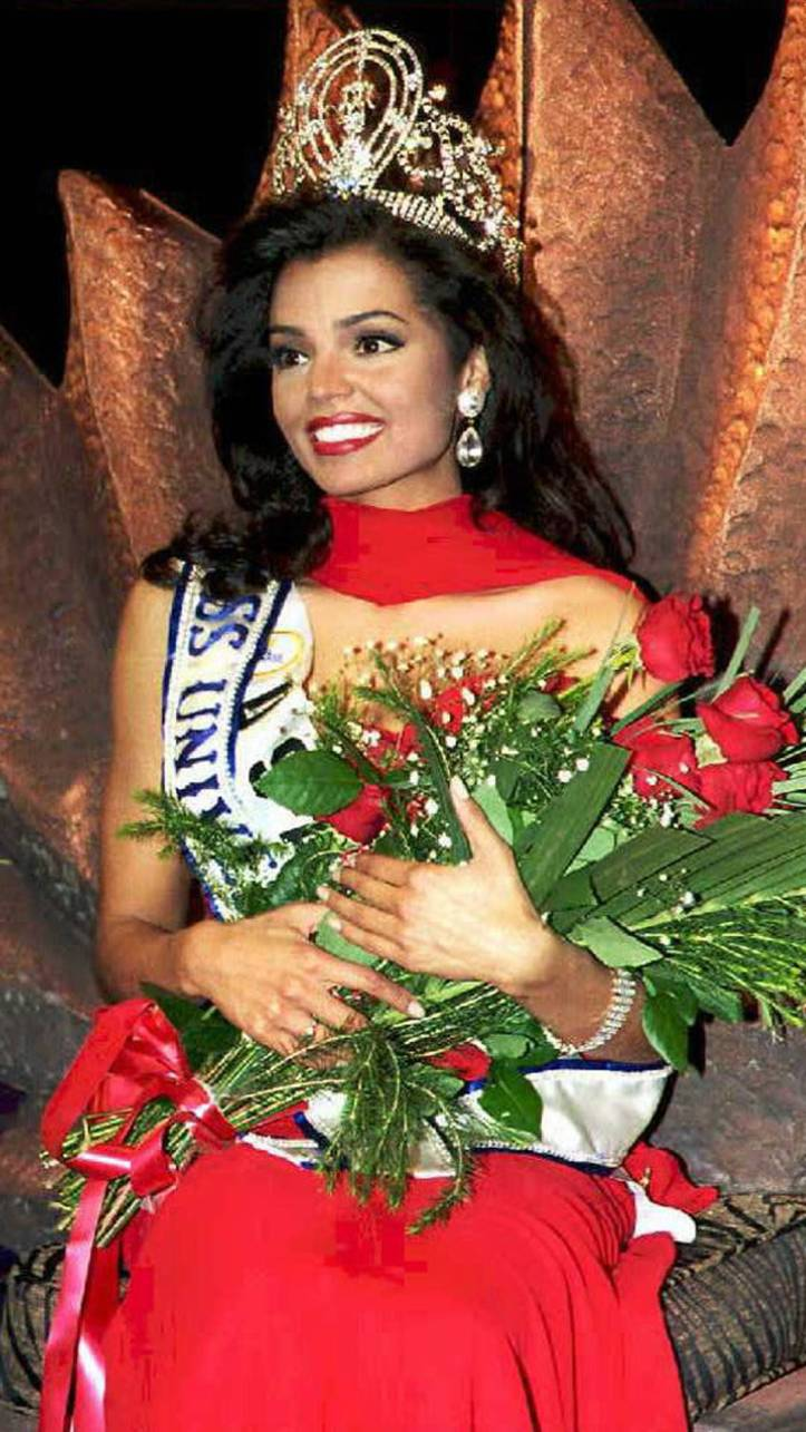 Chelsi Smith, Miss Universe 1995
