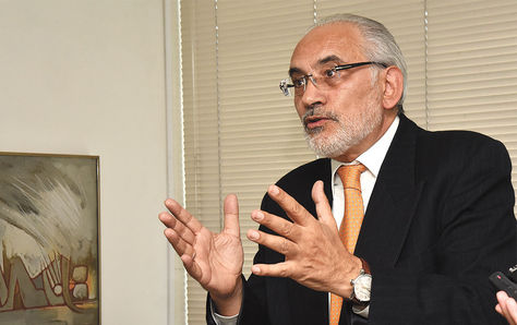Carlos Mesa, expresidente y actual vocero de la cuasa marítima