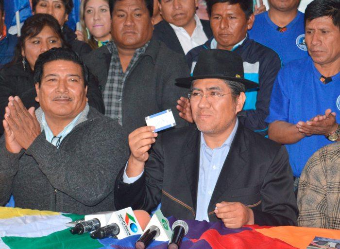 CANCILLER DIEGO PARY TUVO QUE INSCRIBIRSE AL MAS. TODOS LOS MINISTROS ESTÁN OBLIGADOS.