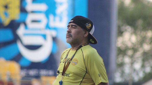 la broma que le realizo maradona a uno de los argentinos que dirige en dorados