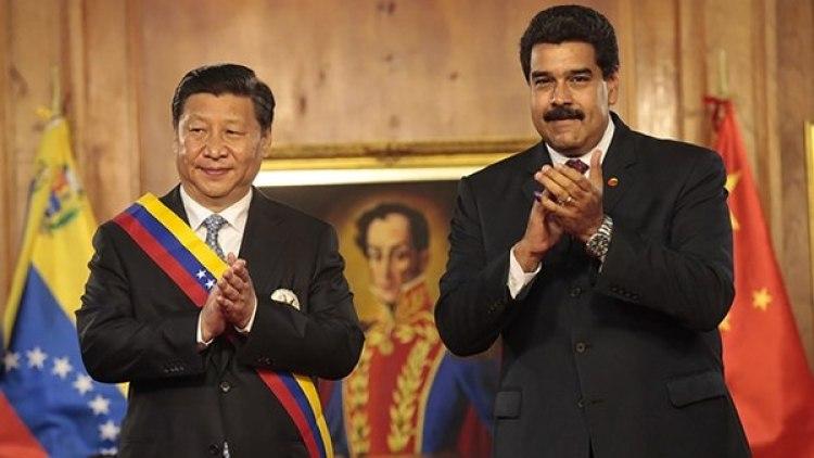 El presidente Xi Jinping y su par venezolano Nicolás Maduro, en Caracas, en 2017