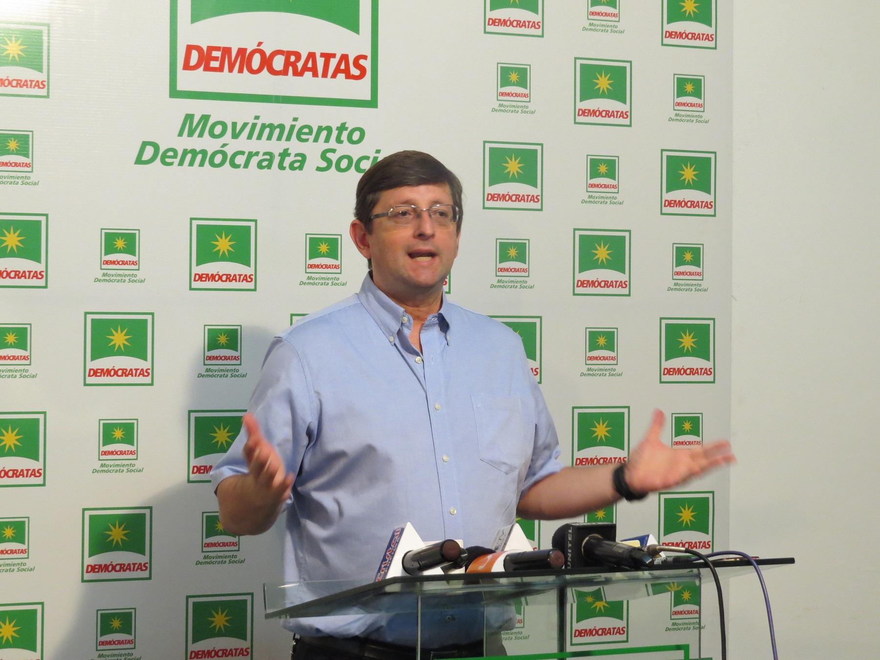 Resultado de imagen para Senador oscar Ortiz