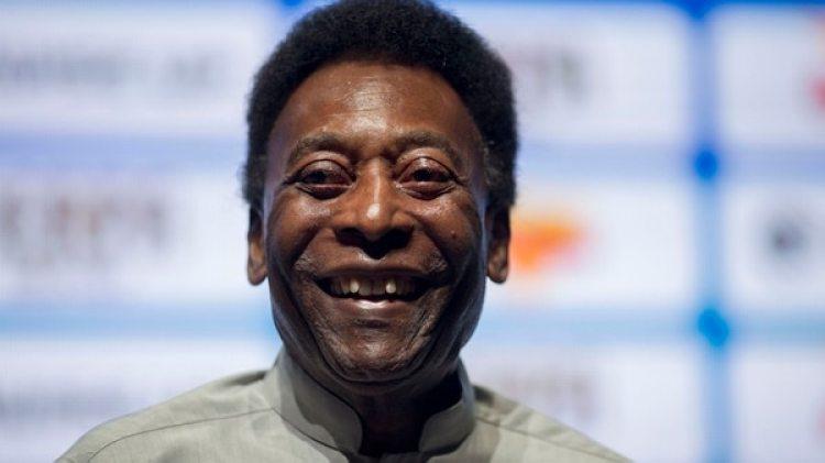 El legendario futbolista brasileño publicó una imagen en sus redes sociales