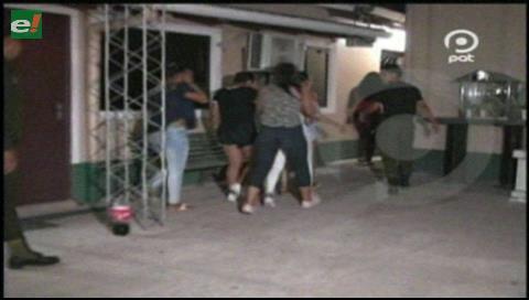 Santa Cruz: Vecinos denuncian peleas de jóvenes en la vía pública