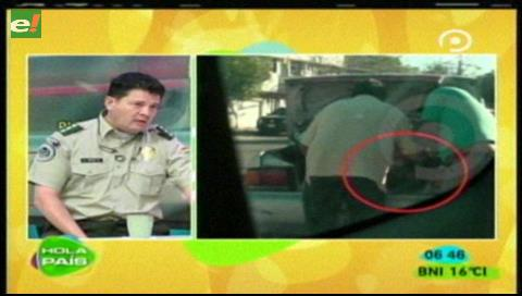 2 policías serán investigados por desmantelar vehículo