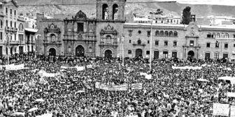 """La democracia boliviana cumple 36 años y está """"en riesgo"""", alertan"""