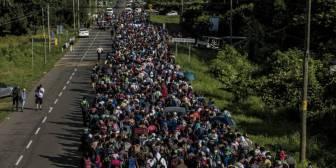 Peña Nieto y López Obrador evitan confrontar los ataques de Trump a México por la caravana migrante
