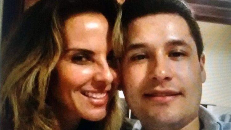 Kate con Alfredillo Guzmán, uno de los hijos del capo