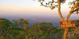 Campesinos proponen que saldrán de Tucabaca si empresarios lo hacen