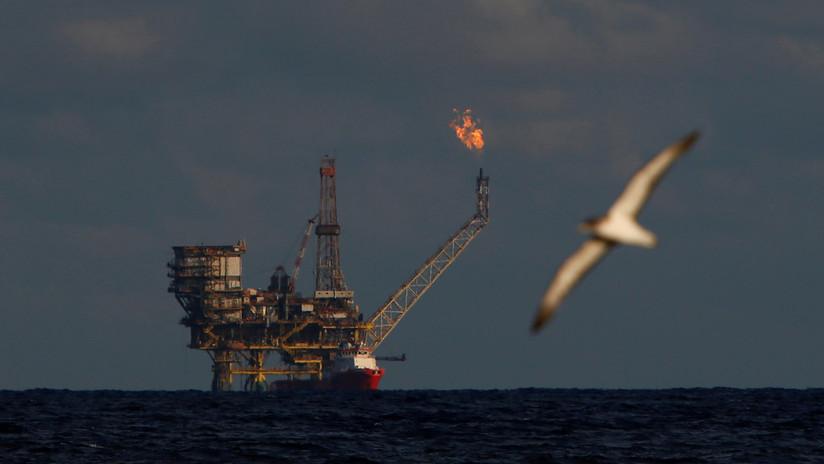 Suben los precios del petróleo en el mercado