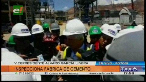 García Linera inspecciona construcción de fábrica de cemento en Potosí
