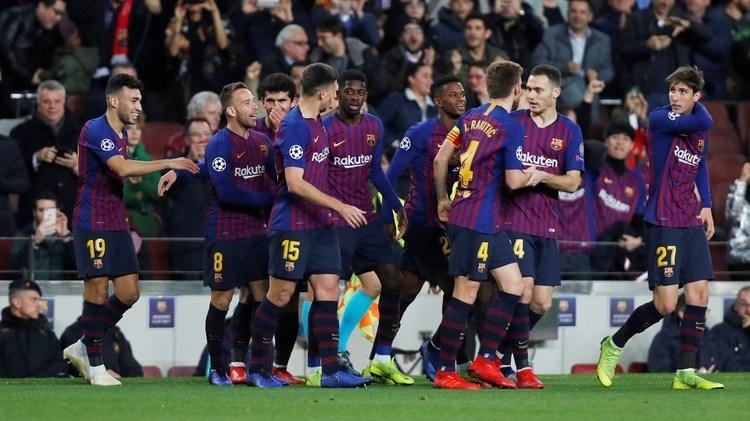 Así serían las nuevas camisetas del Barça para la temporada 2019 ... f6b0ddd4568