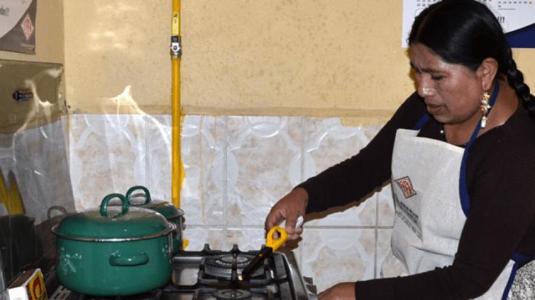 Resultado de imagen para BOLIVIA INSTALA 90 EN MIL CONEXIONES DE GAS DOMICILIARIO EN 2018