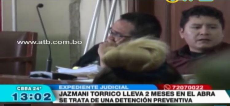 Abogado Jazmani Torrico fue filmado torturando y extorsionando a una persona