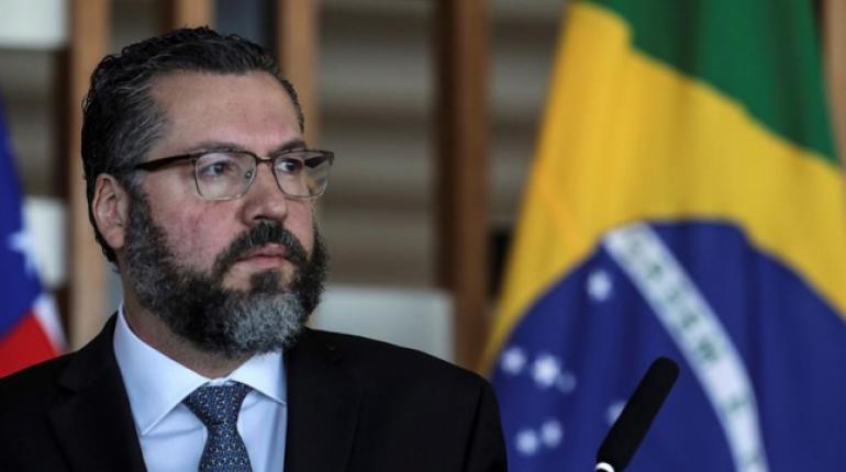 Ortega asiste a toma de posesión de Maduro