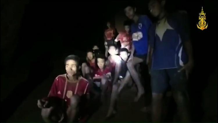Dijeron al mundo que los niños de Tailandia habían buceado para salir de la caverna… pero fue mentira: así fue la verdadera historia