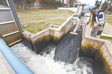 IIFB alerta de bacterias y pide no beber agua del grifo en La Paz