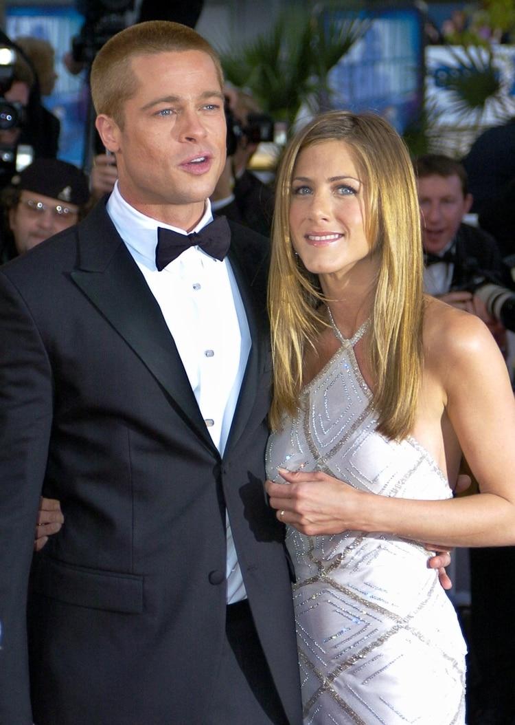Su matrimonio con Brad Pitt, que duró desde el 2000 al 2005, se terminó cuando el actor la dejó por Angelina Jolie