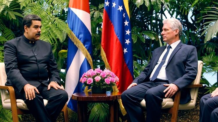 Nicolás Maduro junto a Miguel Díaz-Canel, en La Habana (EFE/Ernesto Mastrascusa/POOL)