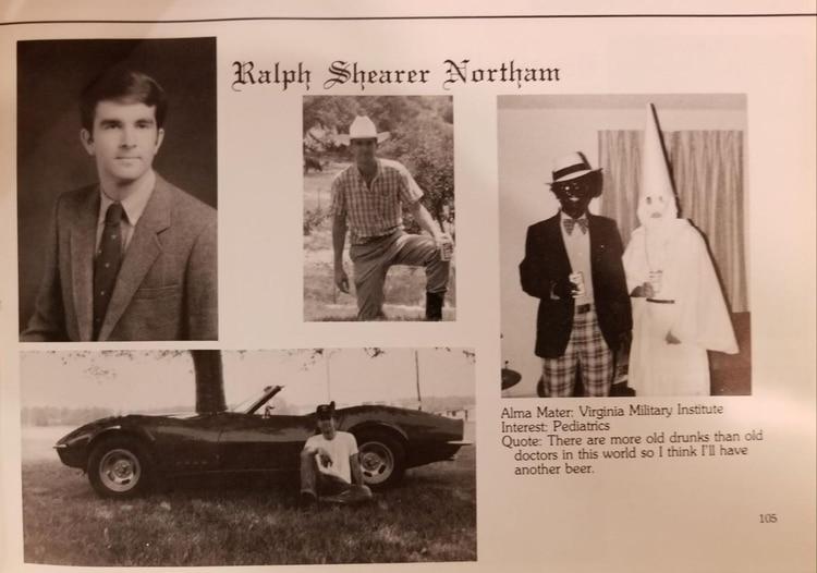 El anuario donde se ve una fotografía de dos jóvenes -uno sindicado como el gobernador Ralph Northam- disfrazados de afroamericanos y con una túnica del Ku Klux Klan