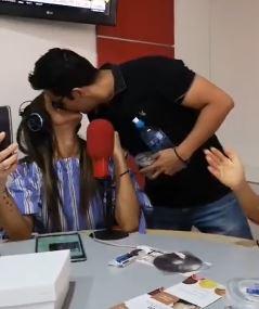 Fabiana Villarroel y Oliver Montoya juntos, el beso en San Valentín no dejó dudas