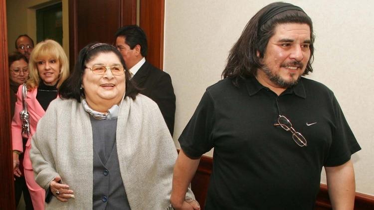 Era hijo de Mercedes Sosa y Oscar Matus (NA)