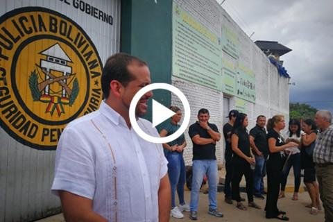 Civicos-y-familiares-visitan-a-los-unicos-dos-detenidos-por-el-caso-Rozsa