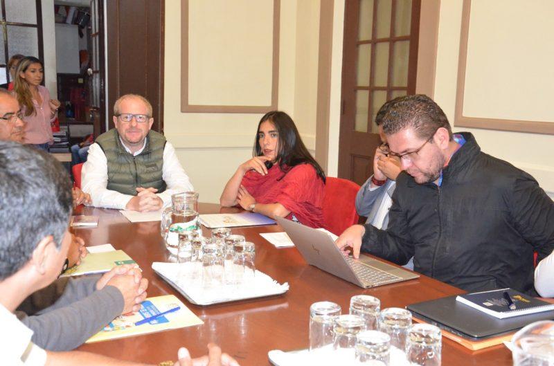 Oliva avanza con el Gobierno para garantizar equipamiento del Hospital Oncológico de Tarija