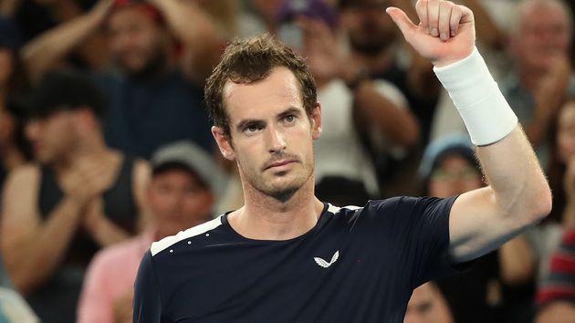 Andy Murray entrena tras operación