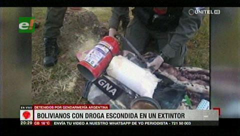 Argentina: Bolivianos traficaban droga en un extintor