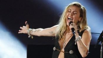 Miley Cyrus habló del polémico video de Wrecking Ball: «Es