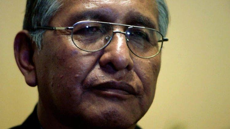 Víctor Hugo Cárdenas fue el primer vicepresidente indígena de Bolivia (Reuters)