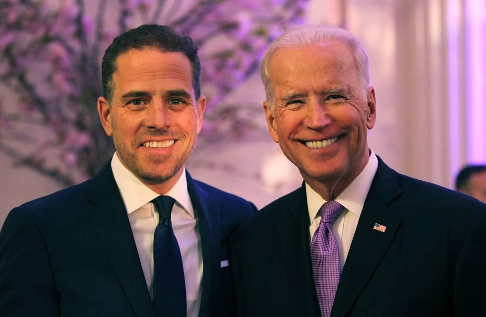 Hunter Biden con su padre Joe Biden en abril de 2016 en Washington.