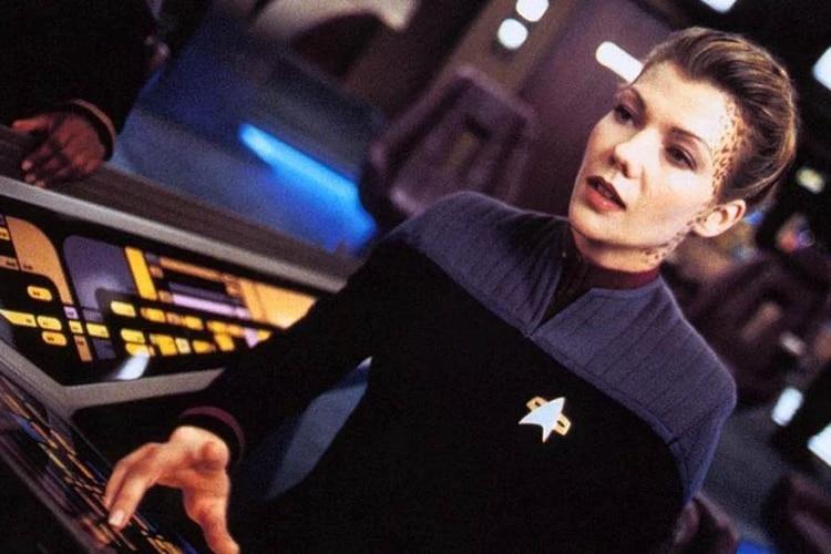 Participó en la película Star Trek: insurrección (Foto: Twitter)