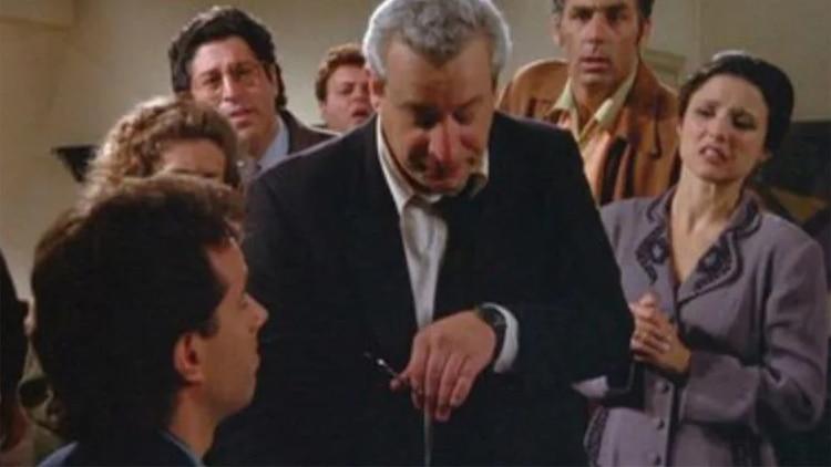 Hallan muerto a actor de Seinfeld