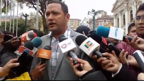 """Dorado: """"Cabildo cruceño declarará desastre nacional los incendios en la Chiquitania"""""""
