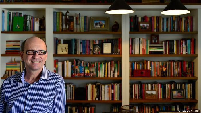 El escritor brasileño Luiz Ruffato.